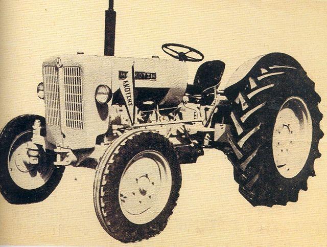 Ciągnik Malkotsis EM-4 z 1962 roku (wersja oryginalnego modelu z 1959)